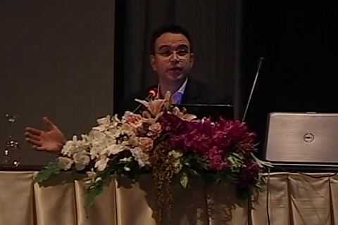 English Communication with Confidence - Speaker Mr.Alex Vegas Moderator ทญ.ดร.จารุมา ศักดิ์ดี